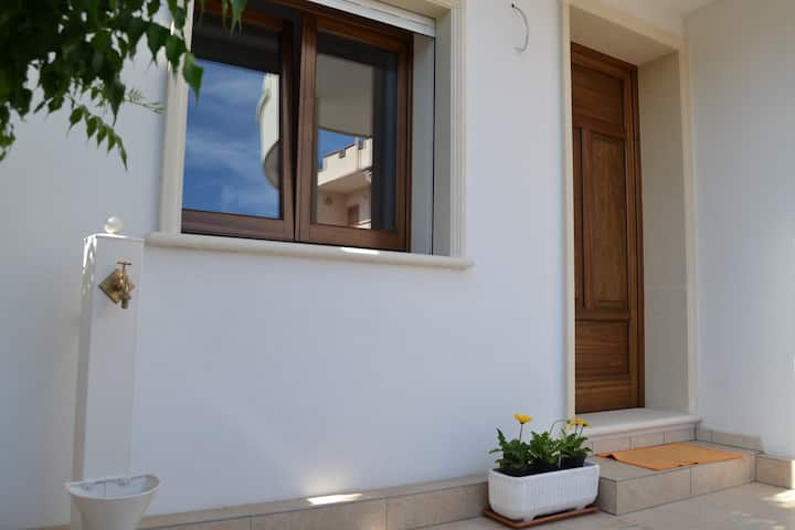 Charming Holiday Apartment Le Murise with Wi-Fi & Air Conditioning; Parking Available