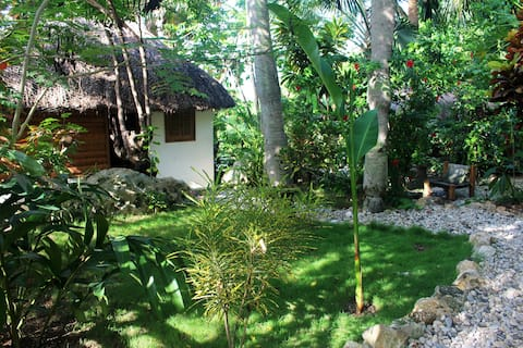 Surf Haiti Guesthouse Bungalow 3