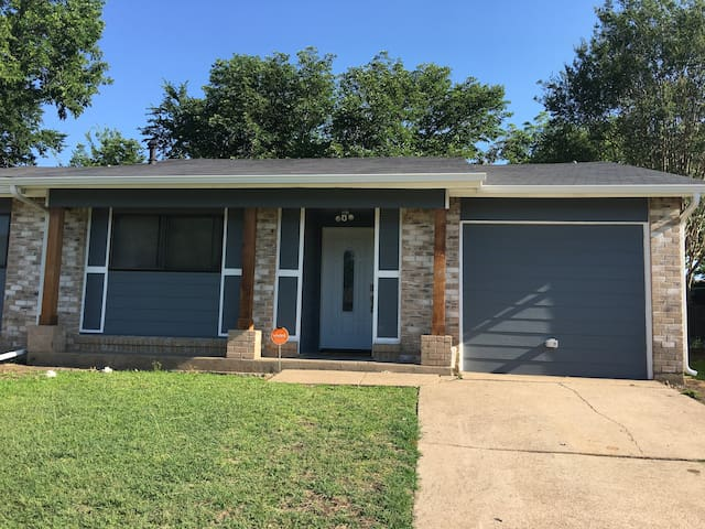 Great Home - Near AT&T Stadium, Six Flags and more