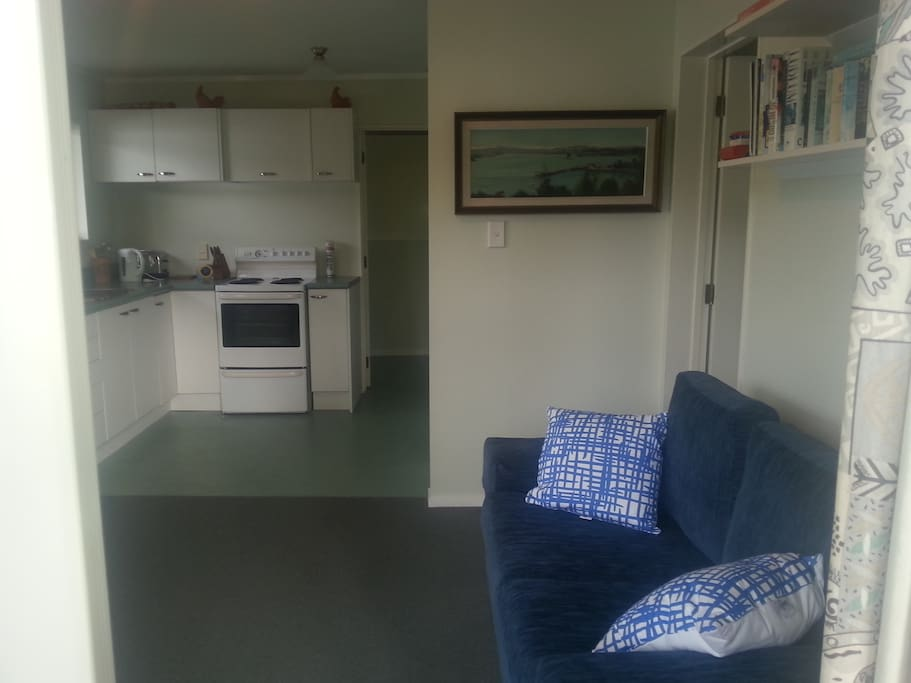 Lounge and well equipped kitchen