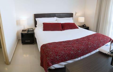 Confortable y tranquilo Aparta Suite, Recomendable