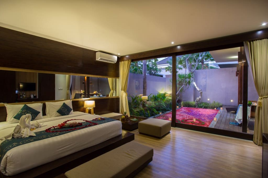 Honeymoon Package and Decoration