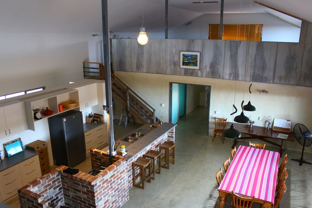 Rustic open plan Australian farmhouse kitchen and dining layout