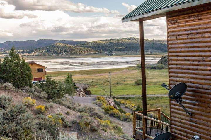 Panguitch Lakehome - Newer cabin overlooking the lake - sleeps 11+