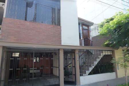 TEMPORAL RENT IN VISTA ALEGRE - SURCO, LIMA PERU - Apartment