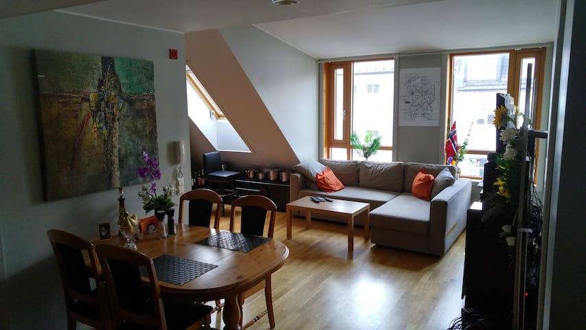 SuperDuperCentral, Private Room ! CityCenter 50 m!