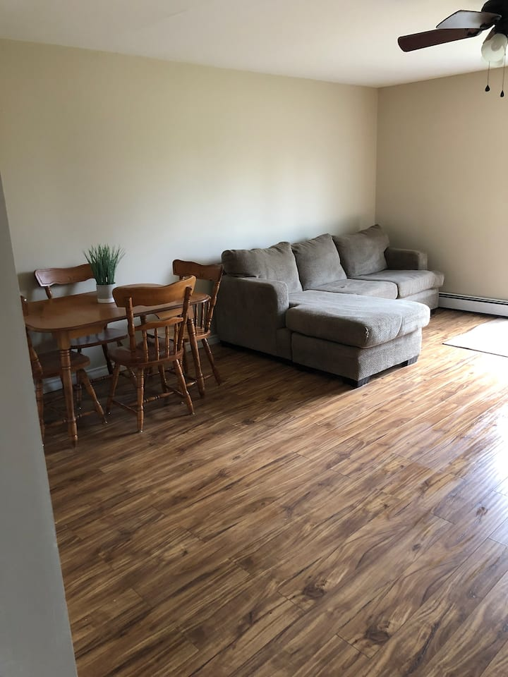 cozy 3 bedroom apartment with everything you need!