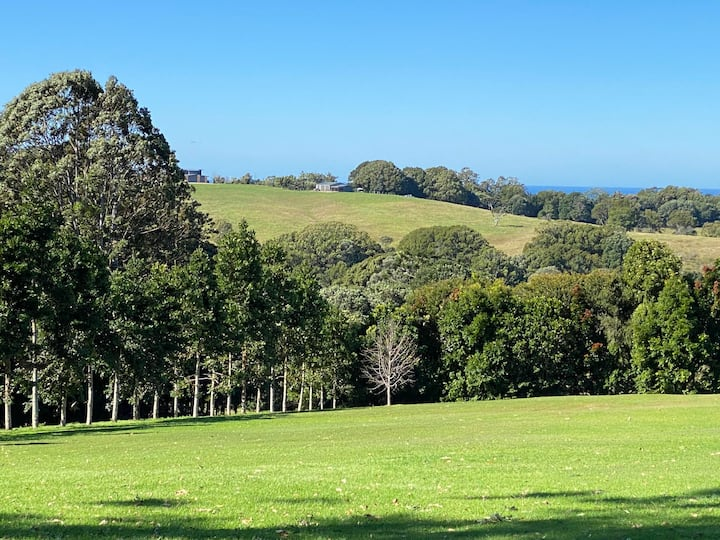 Byron Hinterland  Farmhouse - mins to everything!