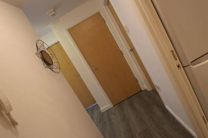 iStay - *West House* - Northampton - Apartment