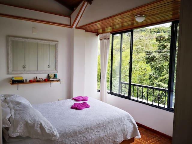 Apartamento con hermoso paisaje, Av. Circunvalar