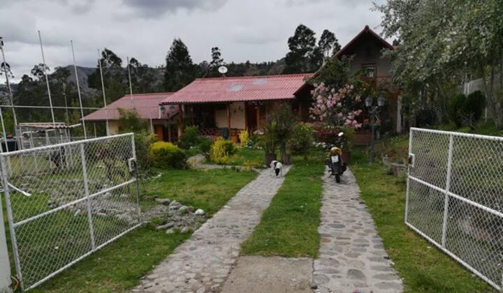 Hermosa Casa de Campo Cuenca Ecuador