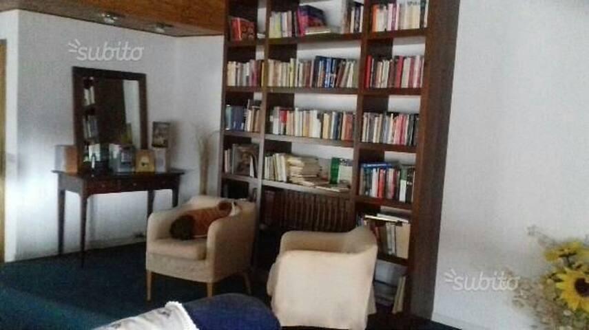 Appartamento ampio fresco e silenzi