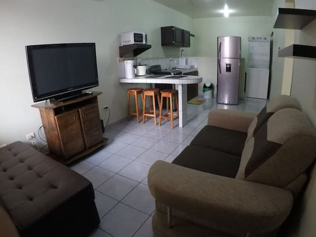 Apartment with Kitchen, A/C, WIFI & Washer/Dryer