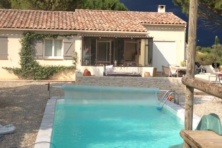 Belle maison au calme avec piscine - Saint-Maximin-la-Sainte-Baume - Haus