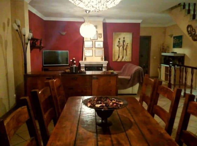 Beautiful house in Ferragudo! - Ferragudo - Huis