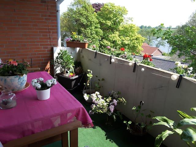 Schöne Wohnung mit Wasserblick... - Schleswig - Huoneisto