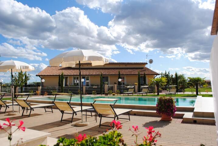 Appartamento con piscina ed idromassaggio Toscana
