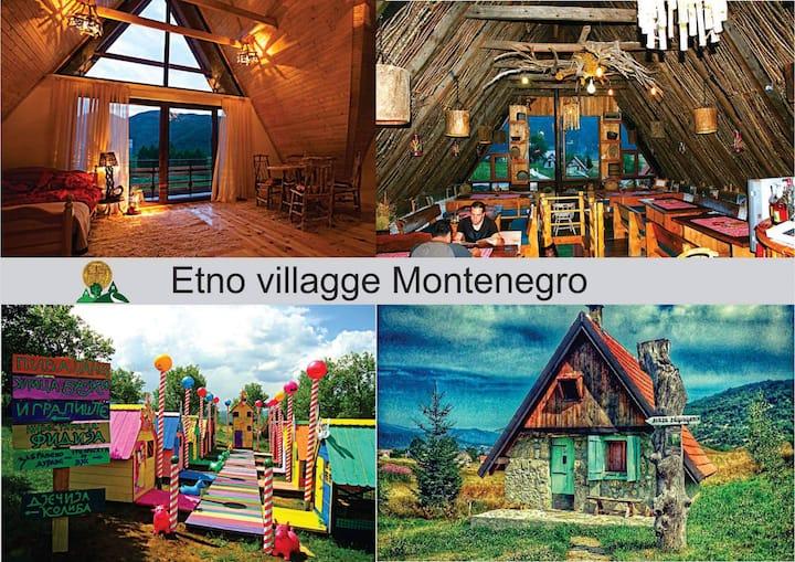 Etno Selo Montenegro · Log House