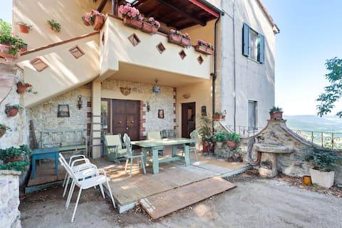 Quaint Apartment in Stroncone with Garden