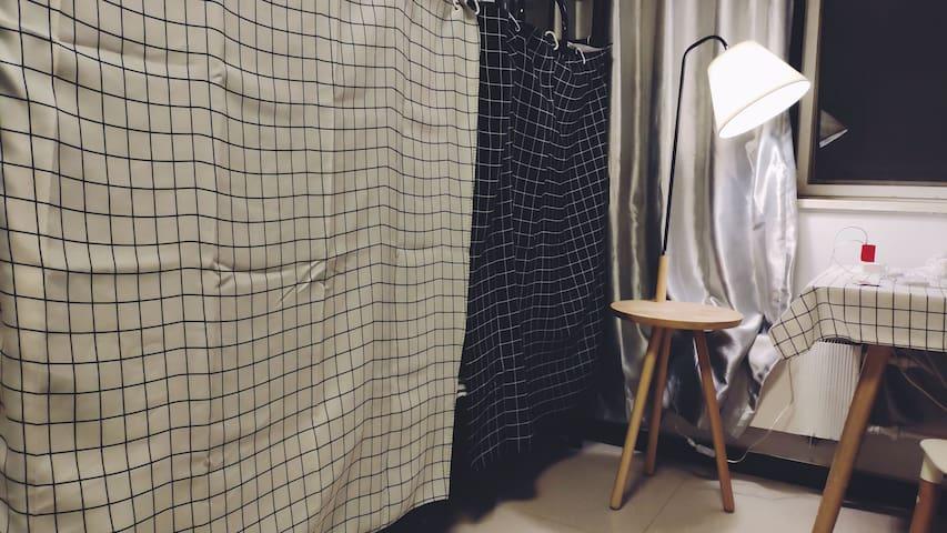 【5仅女生单人床】10号地铁西土城站:北影/北行/三医院
