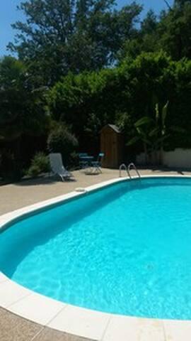 Villa CdF au calme avec piscine - Brive-la-Gaillarde - Ev