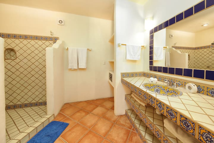 bathroom, one-bedroom