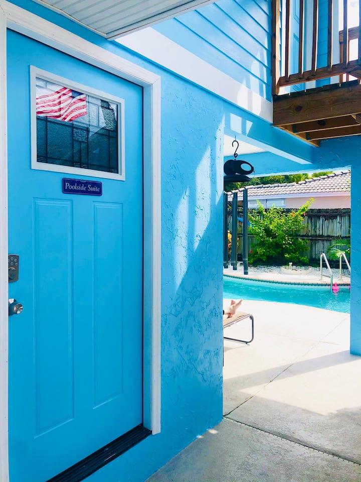 Poolside Suite Studio *Steps to pool on Siesta Key
