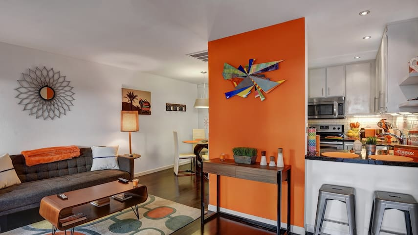 Alexander, Mid Century Condo Downtown Palm Springs - Palm Springs - Appartement en résidence