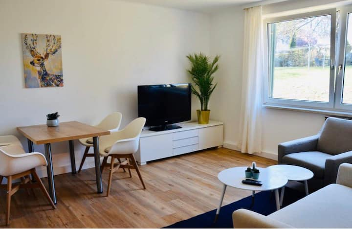 LINZ new, central apartment, garden & free parking