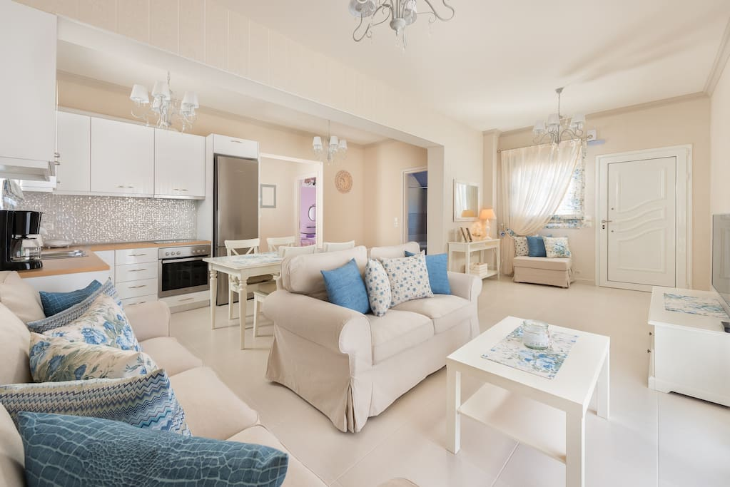 Two bedrooms apartment with big garden in koskinou for Koskinou griechenland