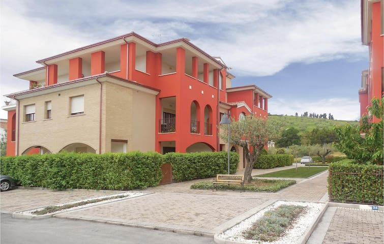 Holiday apartment with 2 bedrooms on 80m² in Cologna spiaggia