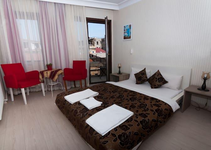 Bosphorus View Studio with balcony in Galata