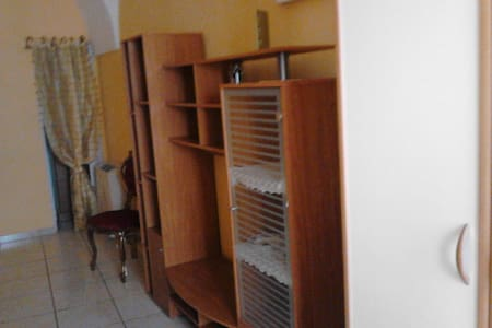 CASA INDIPENDENTE IN CENTRO STORICO - Appartamento