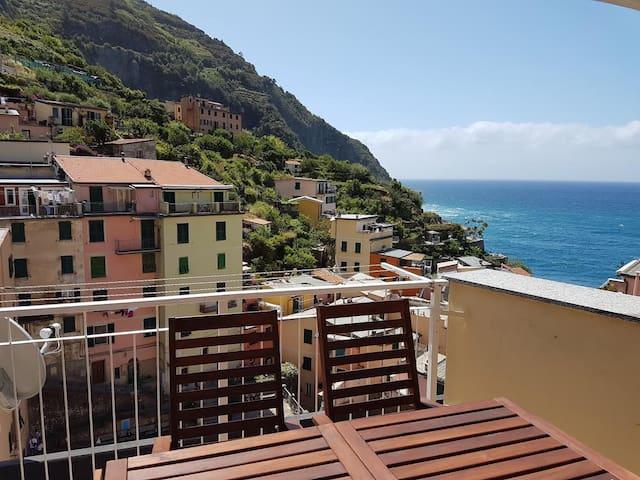 Tagliata 51: apartment with sea-view terrace