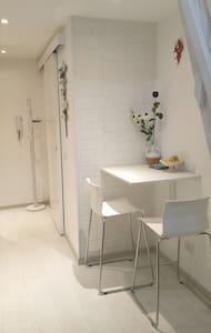 Luxury brand new studio-monolocale - Apartment