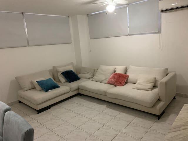Amplio cómodo y céntrico apartamento  Pruébalo ya!