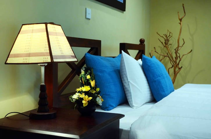 HillCrest Villa Nuwara Eliya - Deluxe Room - Nuwara Eliya