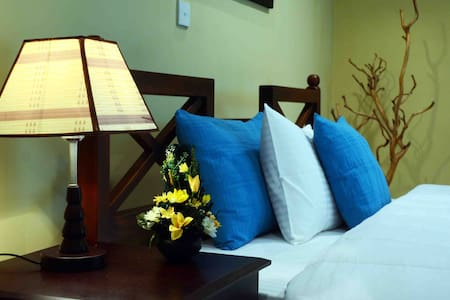 HillCrest Villa Nuwara Eliya - Deluxe Room - Nuwara Eliya - Villa