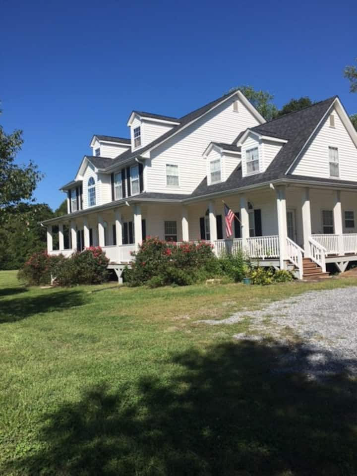 Moonshine Ridge Bed and Breakfast
