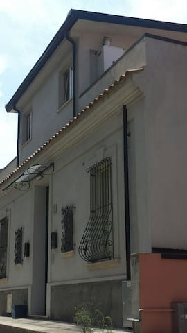 Casa LIBERTY - Villa San Giovanni