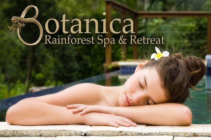 Spa Retreat Botanica Rainforest