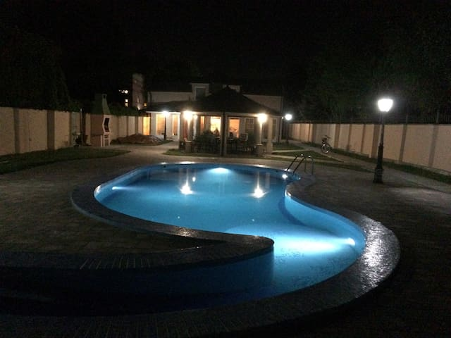 Very comfortable house with a pool *Villa Luca*