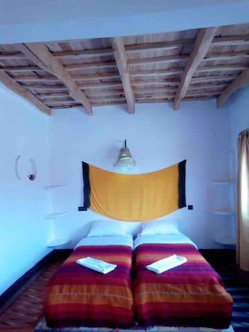 غرفة نوم 13