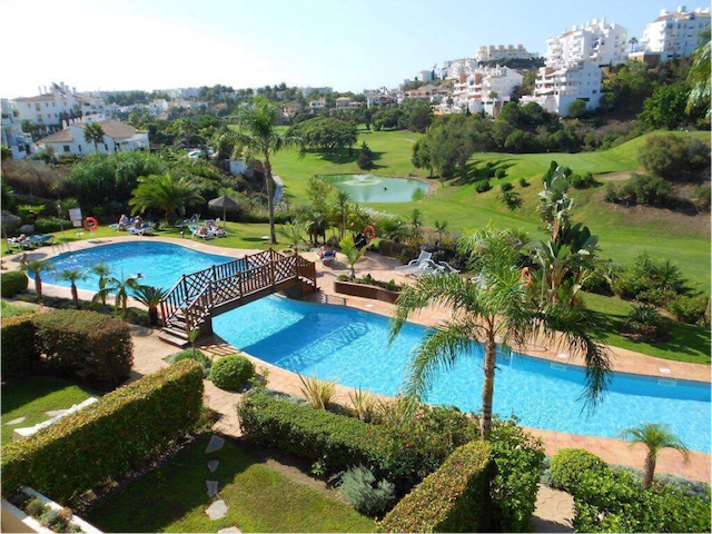2 bedroom appartment with big pool.