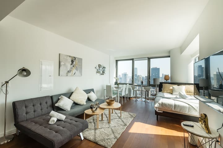 Luxurious Huge 1Br in Hudson Yards