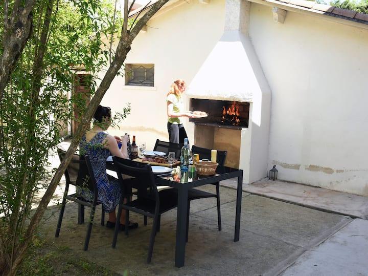 Appartement avec Jardin au calme dans Maison