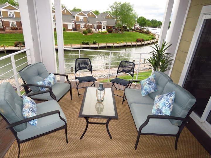 Lake Norman Retreat at Harborside | Luxury Condo