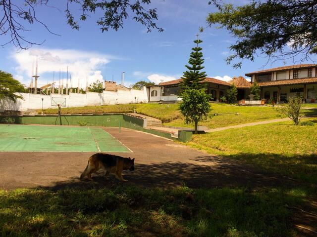 Habitación privada en casa de campo, Tumbaco