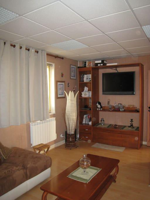 chambre dans loft oyonnax appartements louer arbent auvergne rh ne alpes france. Black Bedroom Furniture Sets. Home Design Ideas
