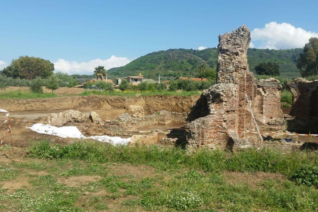 sito archeologico a 500 metri